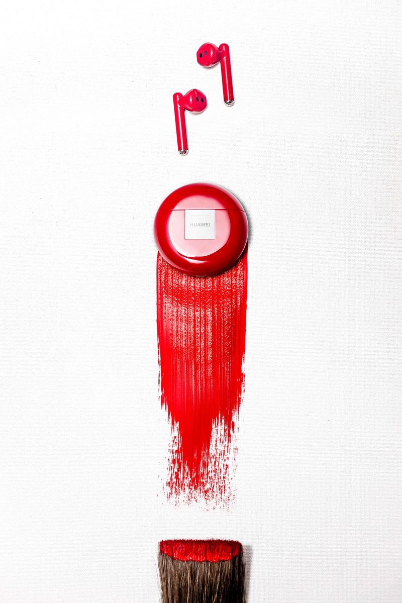 Bild MKT_FREEBUDS3_STILLIFE_BRUSH_RED_RGB.JPG